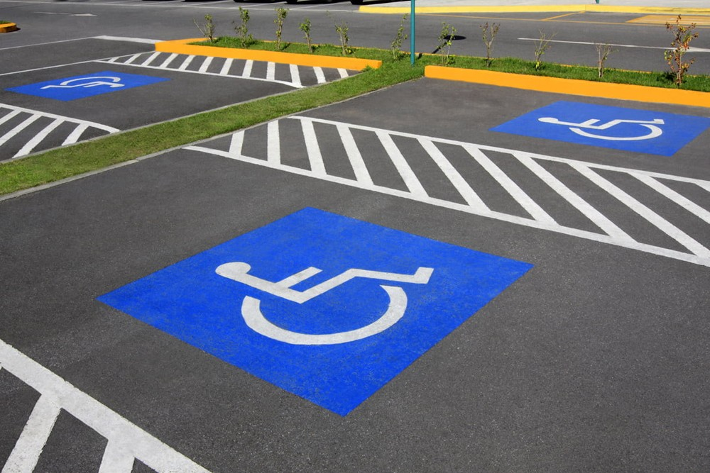 Парковка для инвалидов с Америке