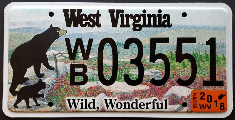 Номер Западной Вирджинии с медведями