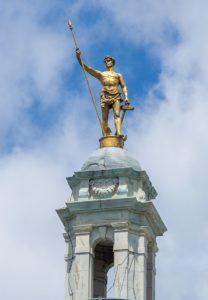 Независимый человек на Капитолии Род Айленда