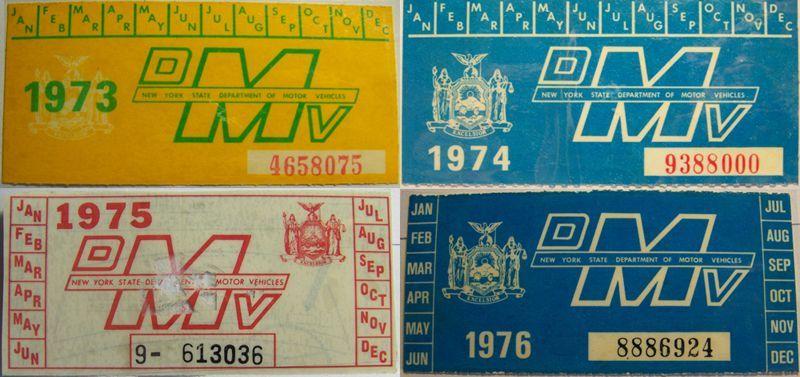 Наклейки регистрации для автомобилей в Нью-Йорке